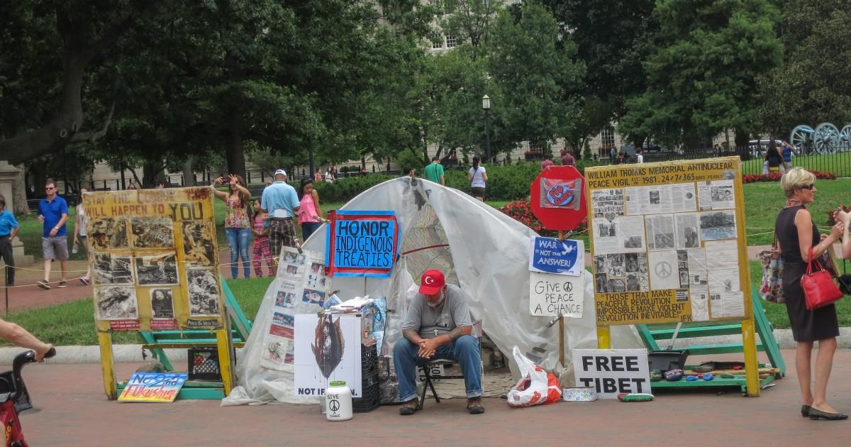 White House Tent | Russwurm